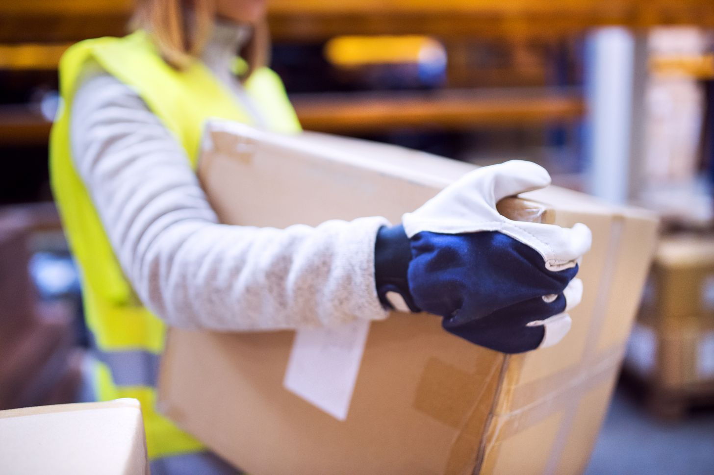 box handling gloves article.jpg