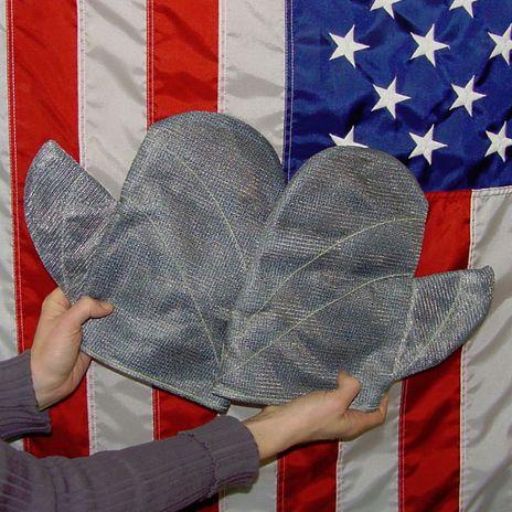 chicago-protective-apparel-wm-105-ctj-10-v-9-closed-top-wire-mesh-vertex-covermitts.jpg